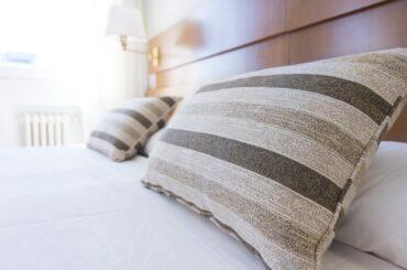 Can you wash pillows in a washing machine